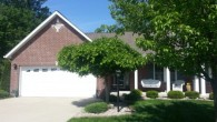 502 Fleming Drive, Godfrey  &#8212;  $234,900